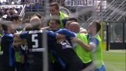 Bergamo e l'Atalanta abbracciano capitan Bellini per il goal che chiude la carriera