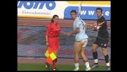 Entrata in tackle di Kolarov sul guardalinee: di chi è la rimessa?