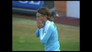 Il difensore della Lazio Belleri calcia da pochi passi ma sbaglia