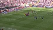 Julio Cruz segna nel derby Milan-Inter su punizione