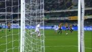 Viviano in uscita ferma il tentativo di Toni in Verona-Sampdoria