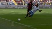 Felipe Anderson viene fermato da una zolla