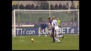 Vieri cade in area, il Cagliari concede il penalty alla Fiorentina