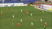 Denis con un colpo di testa segna il goal del 2-2 tra Lazio e Udinese