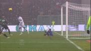 Pazzini colpisce la traversa sulla respinta di Pegolo in Sassuolo-Milan