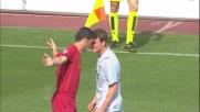 Panucci litiga con Lichtsteiner nel derby: doppio giallo e rosso per la Roma