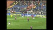 Frick ribadisce in goal la respinta di Rubinho, il Siena va sullo 0-3 con il Genoa