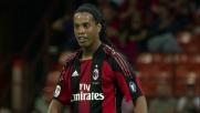 Ronaldinho è imprendibile e tenta l'eurogoal a San Siro