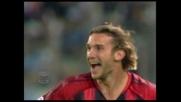 Shevchenko piega le mani a Peruzzi e segna il goal del sorpasso del Milan sulla Lazio
