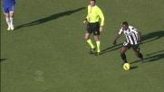 Asamoah realizza un goal da fuori area grazie alla papera di Antonioli