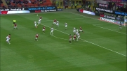 Contro il Genoa Ibrahimovic prova la botta in area ma Frey respinge