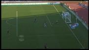 Sirigu respinge di piede il tiro di Zarate in Lazio-Palermo
