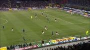 Adriano, tunnel di suola ad Ambrosini nel derby di Milano