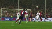 A Marassi il palo salva il Milan su una punizione di Bovo
