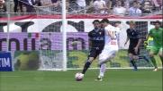 Kevin Lasagna colpisce l'incrocio dei pali contro la Lazio