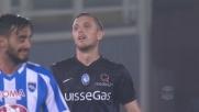 Kurtic cerca l'angolino con un tiro a giro ma la palla termina alta a Pescara