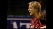 Ambrosini segna il goal del vantaggio del Milan a San Siro contro il Siena