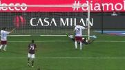 Balotelli in scivolata cerca il goal ma abbatte Belec con un colpo fortuito ma violento