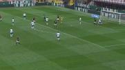 Adriano Russo intercetta con un braccio il tiro di De Sciglio: rigore per il Milan