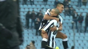 Al Friuli Sanchez controlla magistralmente e segna il goal dell'1-0 contro il Chievo