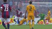 Alejandro Gonzalez stende Moscardelli in area: rigore per il Bologna