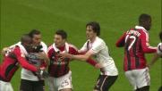 Aronica commette fallo da rigore strattonando Balotelli