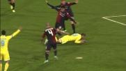 Astori va poco per il sottile su Pandev e l'arbitro fischia il rigore