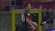 Bacca ha voglia si segnare ma calcia fuori contro il Cagliari