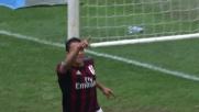 Bacca sfrutta l'errore di Bardi e rimette in corsa il Milan con la rete dell'1-2