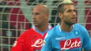 Balotelli, primo errore in carriera dal dischetto: Reina lo ipnotizza a San Siro