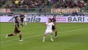Barreto segna il goal del 2-3 tra Bari e Milan con un gran tiro al volo