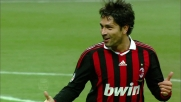 Borriello sfrutta un grande assist di Ronaldinho per segnare un goal al Parma