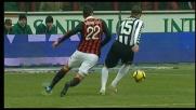 Brandao sbaglia tutto e Curci atterra in area Borriello: rigore per il Milan