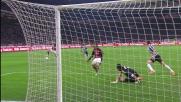 Buffon, parata senza fronzoli sul tiro a giro di Kaka'