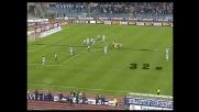 Buffon vola sul destro di Oddo, angolo per la Lazio