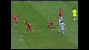 """Gamberini """"para"""" il tiro di Sanchez: rigore per l'Udinese"""