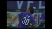Toni il più pronto sulla respinta di Manitta, la Fiorentina pareggia