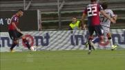 Cabrera realizza il goal vittoria per il Cagliari da calcio di rigore