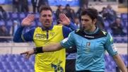 Candreva guadagna un rigore per la Lazio nella sfida con il Chievo all'Olimpico