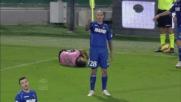 Cannavaro tira un calcione a Dybala: cartellino rosso per fallo di frustrazione