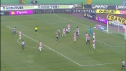 Cassani blocca Zapata in area, calcio di rigore per l'Udinese