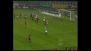 Castellazzi vola sul destro di Seedorf, corner per il Milan