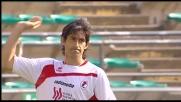 Castillo di precisione fulmina Scarpi per il 2-0 del Bari sul Genoa