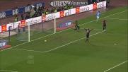 Cavani apre le marcature al San Paolo contro il Genoa