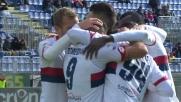 Colpo di testa e goal: Simeone punisce il Cagliari