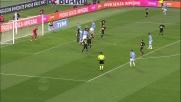 Contrasto Gilberto-Lulic in area veronese: l'arbitro assegna il rigore per la Lazio