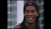 Cross morbido di Ronaldinho contro il Bologna, ma nessuno ne approfitta