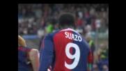 Suazo di potenza segna il 2-1 del Cagliari contro il Siena