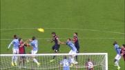 Daniele Conti cerca il goal di testa contro la Lazio ma tira fuori