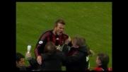 David Beckham fa impazzire San Siro con la sua punizione: goal del vantaggio del Milan sul Genoa